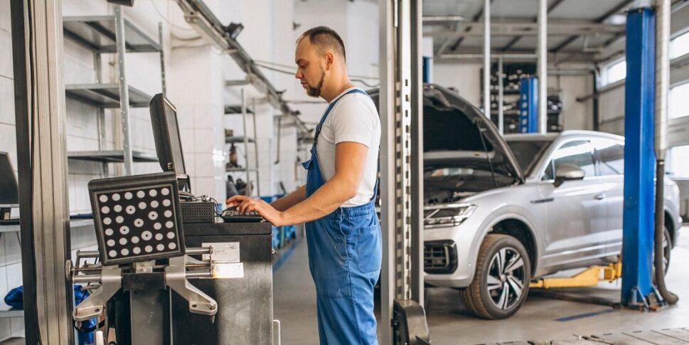 testes de falha mecânica em carros